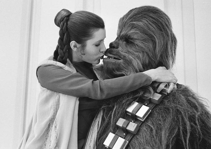 Chewbacca_Carrie_Fisher_Princesse_Leia