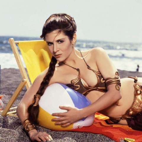 Princesse_Leia_Carrie_Fisher_Plage