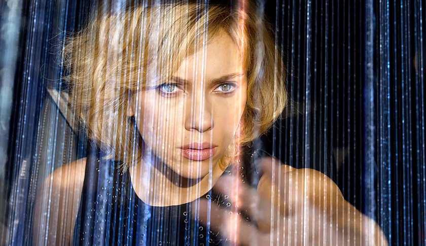 Scarlett Johansson_Lucy_Besson_reseaux