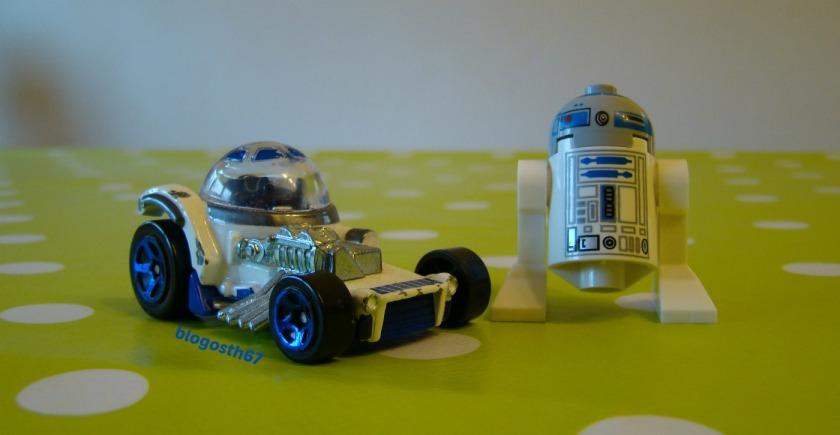 Lego_Star_Wars_R2_D2_Petite_Voiture