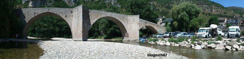 Sainte_Enimie_Panoramique_Pont
