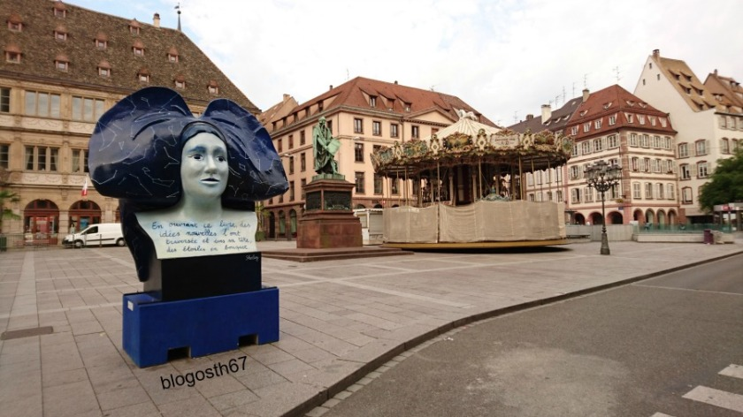 Place_Gutenberg_Strasbourg_le_matin