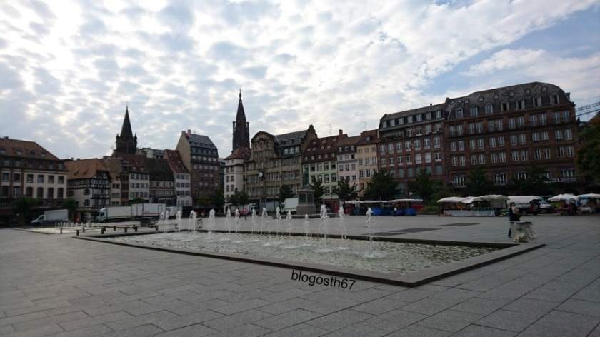Place_Kleber_Strasbourg_le_matin