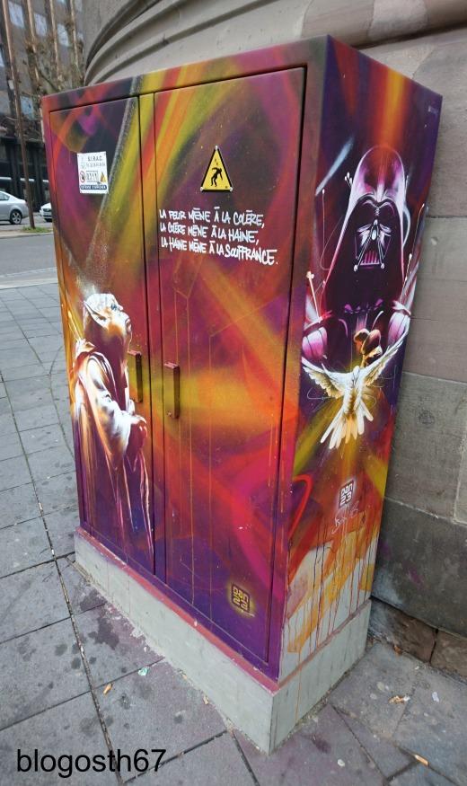 street_art_strasbourgeois_dan23_yoda_dark_vador